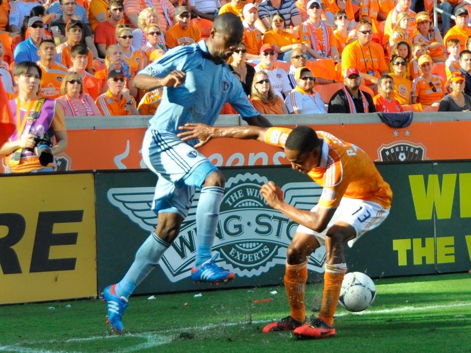 Dynamo KC high kick