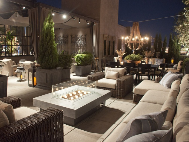 2011venue the square foot rooftop garden features restoration collection of outdoor - Restoration Hardware Outdoor Furniture