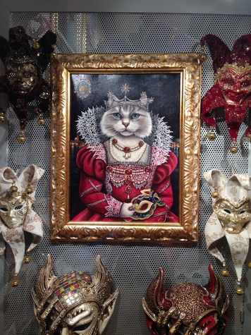 Jane Howze Italy trip Venice October 2014 Venice shops feature pictures of cats in medieval costumes