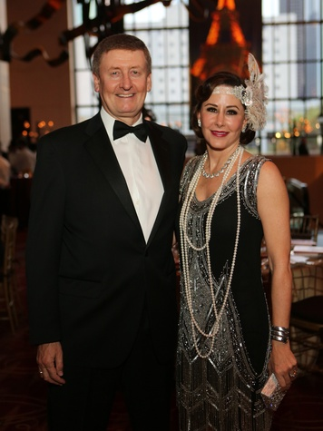 20 Tom and Liz Glanville at the Society for the Performing Arts Gala March 2014