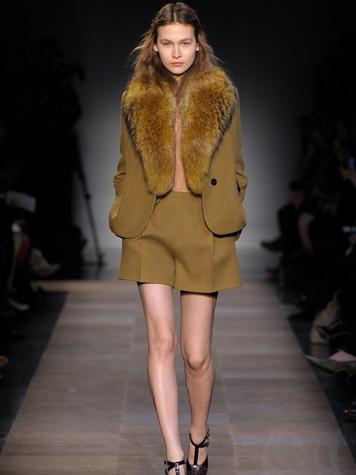 News_Lindley_Paris Fashion Week_Carven_April 2012