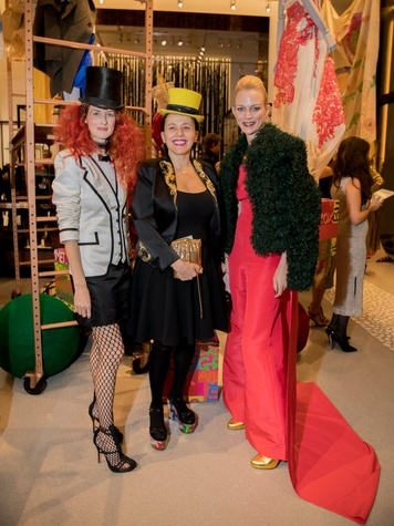 Taylor Tomasi Hill, Selima Salaun, Anne-Marie Mee