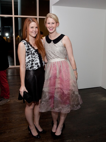 6 Lizzy Greene, left, and Devon Liedtke at the Menil Young Professionals party December 2013