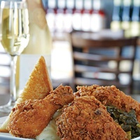 Fried chicken and champange at Max's Wine Dive