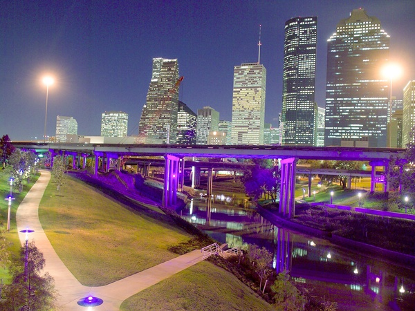 News_Buffalo_Bayou_Lighting