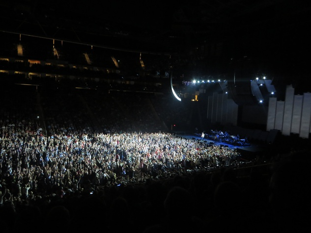 Crowd at The Eagles concert at Toyota Center February 2014