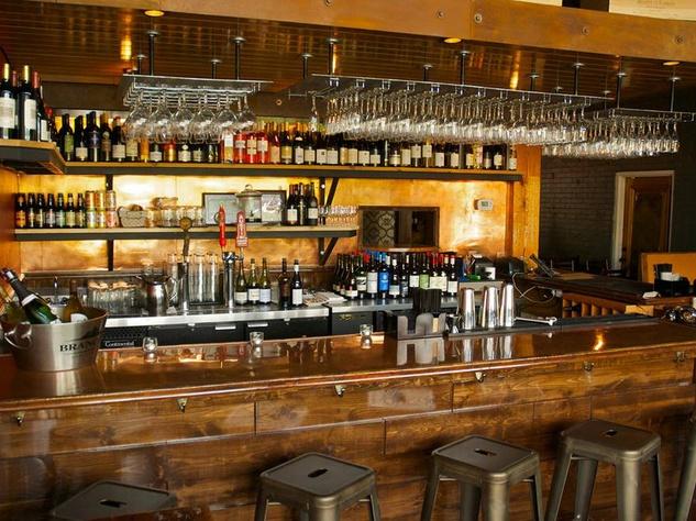 bar at Winebelly