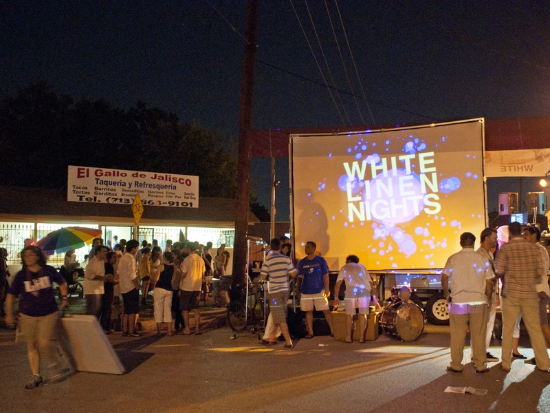 News_White Linen Night_Aug 2011