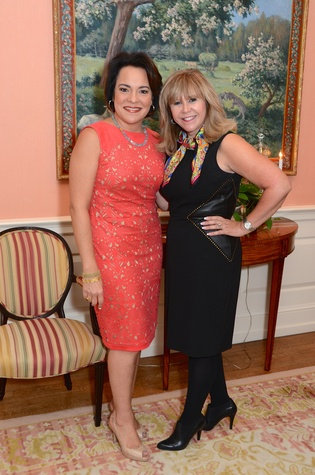 6 Rosi Hernandez, left, and Cyndy Garza Roberts at the Latin Women's Initiative Luncheon October 2014