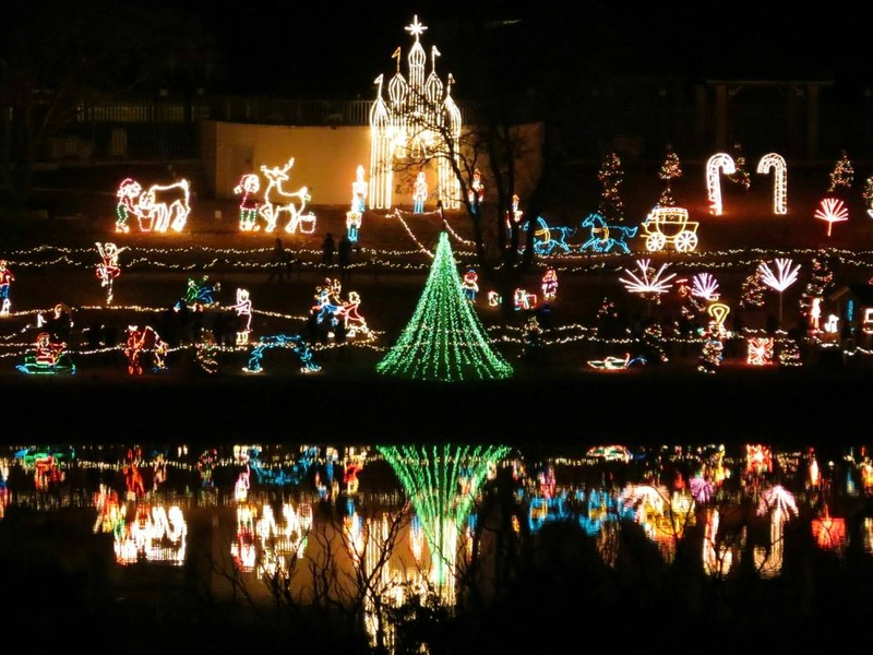 marble falls walkway of lights christmas holiday display - Best Christmas Lights In Texas