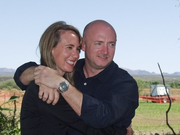 News_Gabrielle Giffords_Mark Kelly