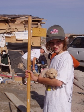 Child volunteering in Juarez