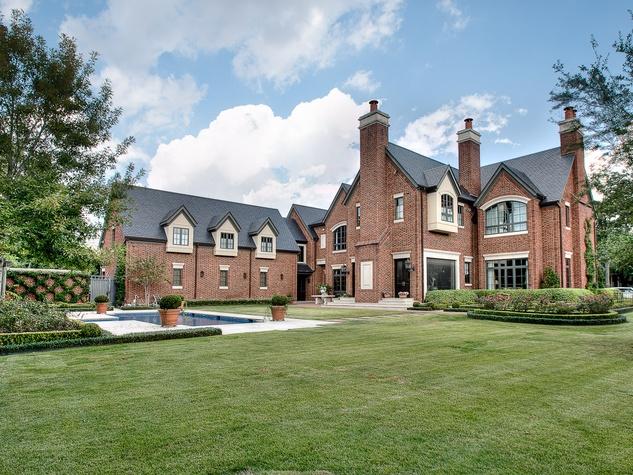 Houston, most expensive homes, 1722 River Oaks Blvd., January 2013, back yard