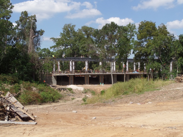 dog park construction at Allen Parkway and Dunlavy October 2014