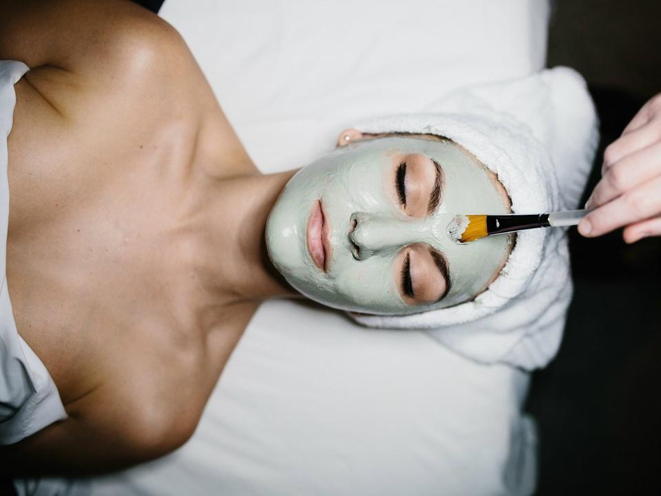 Woman getting a spa facial