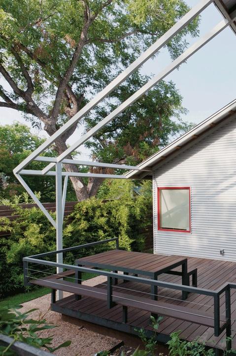 Austin Photo Set: News_Adrienne Breaux_AIA Homes_September 2011_r&c desgin