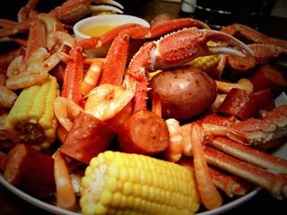 Half Shells Seafood Grill, Restaurant, Bar, Crab