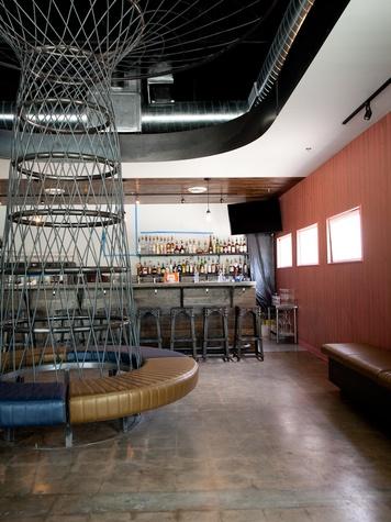 mettle restaurant bar area