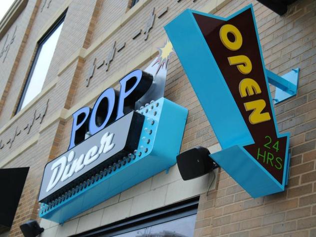 Pop Diner bar