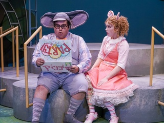 Zach Theatre presents Elephant and Piggie: We are in a Play