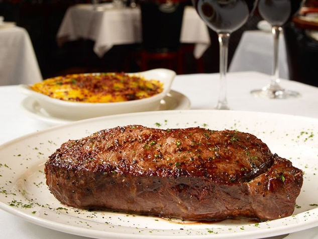 Pappas Bros. Steakhouse, steak, wine