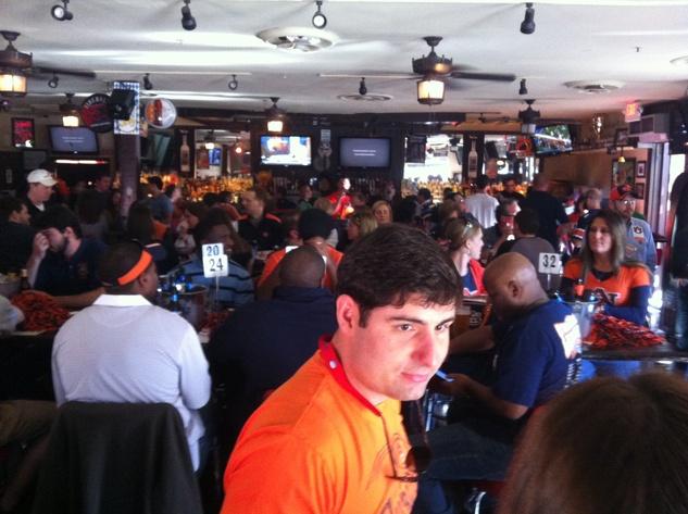 Auburn fans at watch party Nov 2013