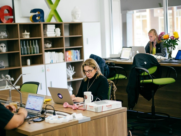 Link Coworking Austin office space business laptop working 2015