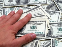 Elizabeth Rhodes: Mo' money, mo' problems: More than 20 percent of Americans get rich, but t