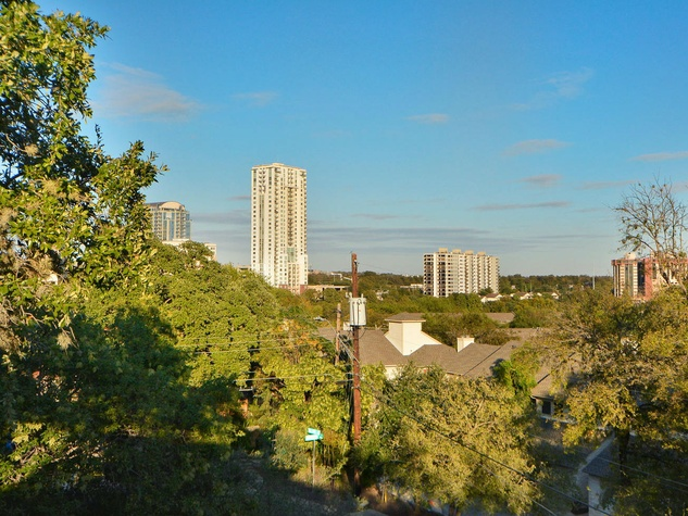 1010 Hillside Ave. Austin home for sale
