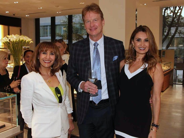 Houston, Kickoff for ESCAPE's Celebrity Serve Benefit, March 2017, Ora Levowitz, Jess Fields, Varda Fields