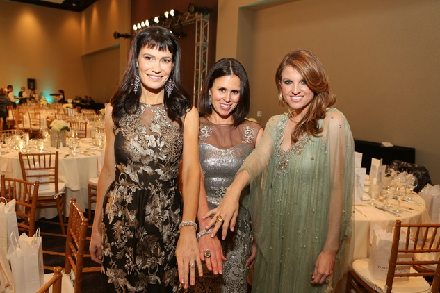 9 Francine Ballard, Missy Bellinger & Lindley Arnoldy dripping in Tenenbaum diamonds and other sparklers at Catwalk for a Cure November 2014