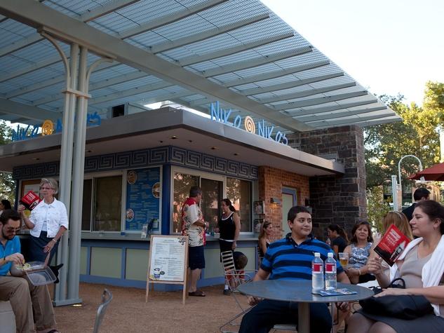 News, Niko Niko's, Market Square Park, downtown, exterior