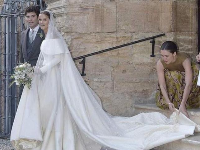 Charlotte Wellesley wedding gown by Emilia Wickstead
