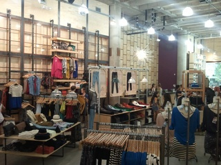 Austin photo: News_Urban Outfitters Opening_Womens