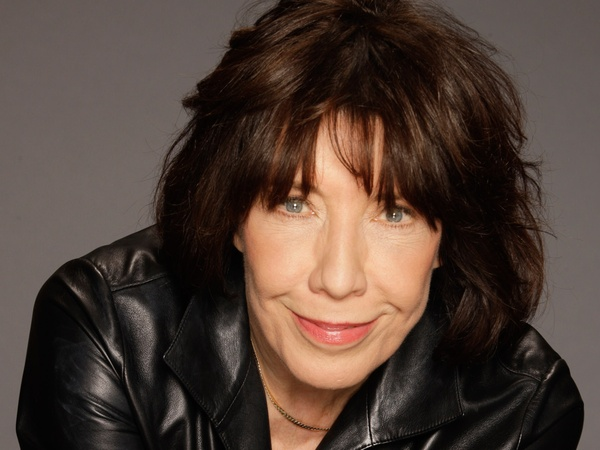 Lily Tomlin, head shot