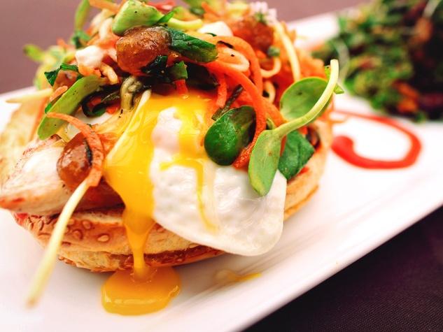 Roots Bistro, March 2013, lunch menu, fried egg, sandwich
