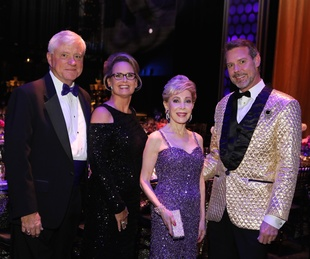Bart McAndrews, Becky  McAndrews, Margaret Alkek Williams, Paul David Van Atta, Margaret Alkek Williams, Bart McAndrews at TUTS Dreamgirls Gala 2017