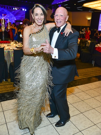 32 Sue and Lester Smith at the Houston Children's Charity Gala November 2013