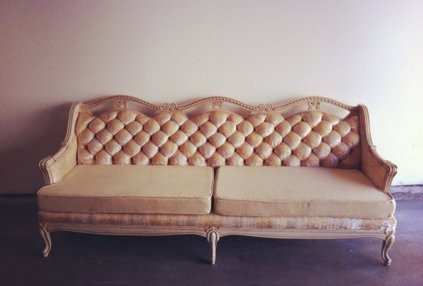 Antoinette floral sofa, Boubon & Bloom, rental