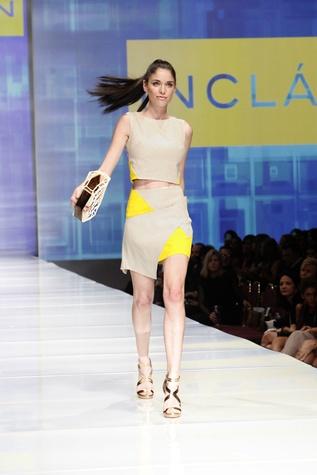 6489 Fashion Houston Night 2 November 2014 Art Institute designer model on runway