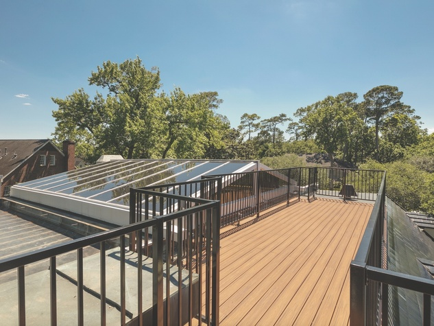Cordua 3 Saddlewood  Court sky deck