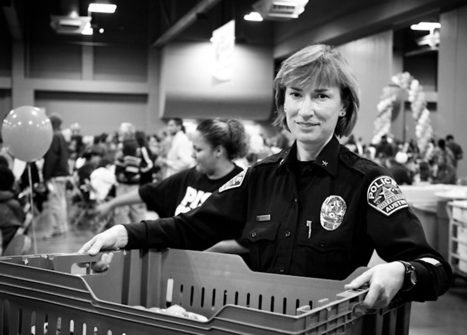 Austin Photo Set: News_Feast of Sharing_Nov 2011_volunteer