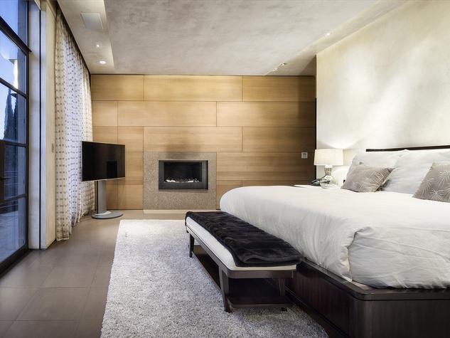 master bedroom 2800 Stratford