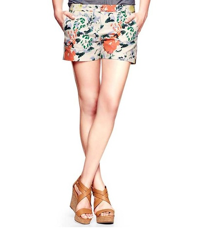the gap clean front floral shorts