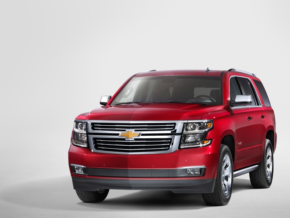 first look gm unveils bold new tahoe suburban yukon and. Black Bedroom Furniture Sets. Home Design Ideas