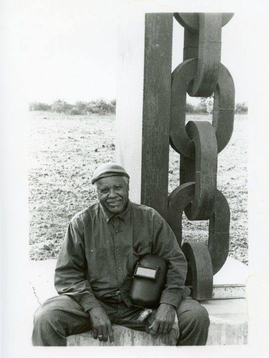 Melvin Edwards with Column of Memory