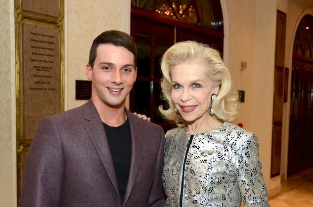 193 Jonathan Tinkle and Lynn Wyatt at the Jonathan Blake fashion show October 2014