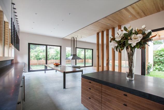 Carol Isaak Barden House of Many Gardens 3320 University July 2014 kitchen to living room