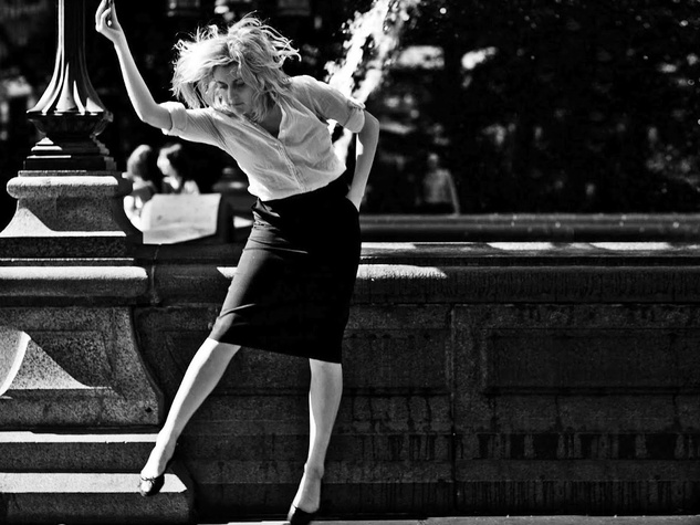Greta Gerwig plays a downtown post modern dancer in Noah Baumbach's charming Frances Ha, screening at Sundance.