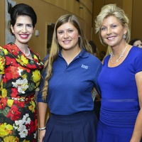 16 Dr. Kelli Cohen Fien, from left, Kendall Plank, Susan Plank at the Dec My Room luncheon October 2013